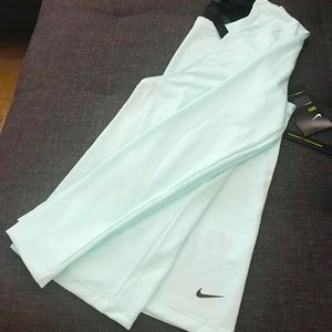 Nike Elastika Long Sleeve Top